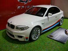 BMW M1 E82 MOTORSPORT blanc au 1/18 GT SPIRIT GT703 voiture miniature collection