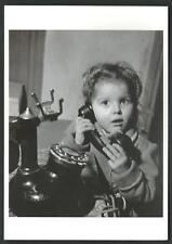 Robert Doisneau : Al telefono 1947 - cartolina formato cm 10,5 x 15 - 1997