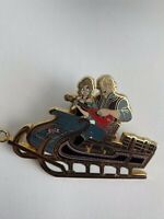 DLP Let It Snow Frozen Pin Event Anna And Kristoff Disney Pin LE (B0)