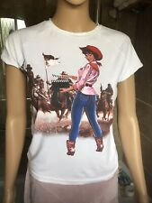 Y London Ladies Womens White T. Shirt Cowgirl West Lots Of Detail