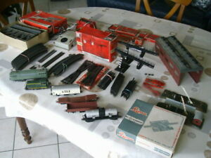 Lot de Train Locomotive Rail JOUEF LIMA HO