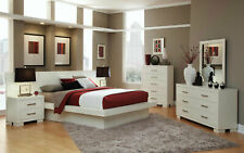 NEW Contemporary Glossy White 5 piece Bedroom Set w/ Queen Size Platform Bed A7D