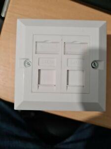 Twin Double CAT5e RJ45 Ethernet Socket Wall Plate Back Box Modules Port Mount