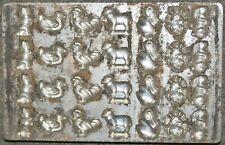 alte Schokoladenform aus Metall für Ostern