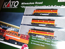 KATO 106-082 + 1762301+1060430 N MILWAUKEE  Hiawatha 3 Locos #95A/B/C & 9 Cars