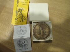 1965 STATUE OF LIBERTY AND CASTLE CLINTON MEDAL WITH ORIG BOX AND PAPERS