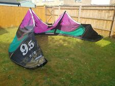 Kahoona Best Kite - 2012 9.5m with Bar