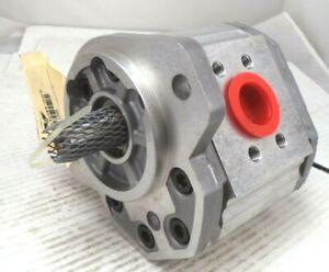 Sauer Danfoss SNM3/33 C107 Gear Pump Motor SNM3NN/033BN07GA