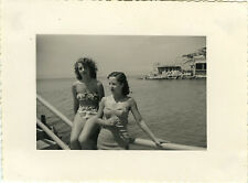 PHOTO ANCIENNE - VINTAGE SNAPSHOT - FEMME PIN UP MAILLOT BAIN  - WOMAN SWIMSUIT