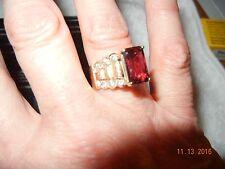 DESIGNERS UNIQUE  EXCELLENT Emerald-Cut GARNET DIAMOND Ring in 14k Yellow Gold
