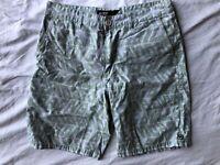 Billabong Mens Shorts Size 32 White Green