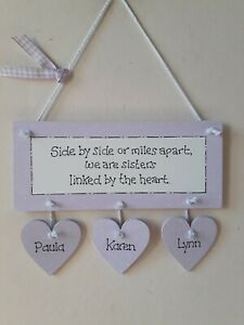 PERSONALISED SISTER PLAQUE WITH HANGING HEARTS