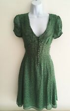 NEW New Look 40s Floral Green Tea Dress w/ Collared Neck and Tie Waist - Size 8