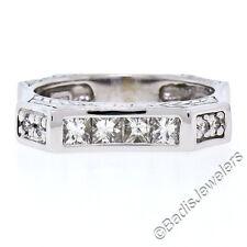 Único 14k ORO BLANCO .71ctw Princesa & Diamante Redondo Grabado Cuadrado Unisex