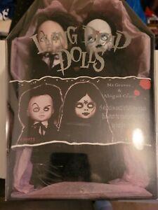Mr. Graves and Abigail Crane - Living Dead Dolls - 2000