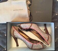 $1495 BOTTEGA VENETA Beige Brown Intrecciato Leather Peep Toe Pumps 39/8.5 ITALY