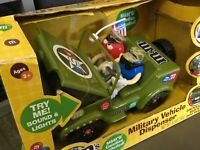 M&M MILITARY JEEP DISPENSER Collectible M & M Jeep Horn &engine Sound