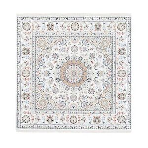 5'x5' Medallion Design Square Wool & Silk 250 KPSI Nain Hand Knotted Rug R62752