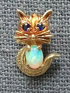 Vintage 14k Gold Cat Tie Tack/Lapel Pin. White Opal Body and sapphire eyes.