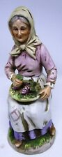 Homco Grandma Figurine # 1433 - Grandma with Grapes