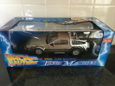 Back To The Future DeLorean, 1:18 Diecast  SIGNED BY CHRISTOPHER LLOYD Doc Brown