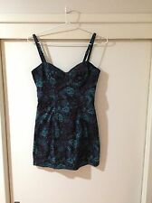 Insight Ladies Geo Print Multicoloured Size 8 Dress/top Good Condition