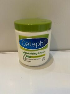 Cetaphil Unisex Moisturizing Cream for Dry and Sensitive Skin 20 oz (Never used)