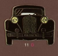 Pin's Demons & Merveilles Voiture Citroen Traction avant #19