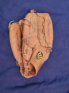 Outfield Wilson A2002 XL baseball softball Leather glove made USA
