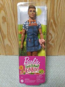 Barbie-Ken Sweet Orchard Farm W/ Piglet, Denim Apron, Gray Boots, Flannel Shirt