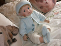 "SITTING PRETTY IS LITTLE ""JAKE"" A LEONARDO COLLECTABLE PORCELAIN BABY BOY DOLL"