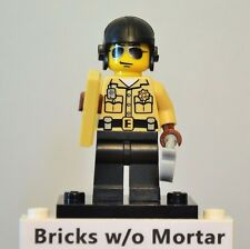 New Genuine LEGO Traffic Cop Minifig with Handcuffs and Ticket Series 2 8684