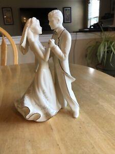 New - Lenox Bride & Groom First Dance Cake Topper Wedding Promises