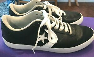 MEN'S CONVERSE BLACK LEATHER WHITE TRIM POINT STAR SNEAKERS SHOES 11 (159797C)