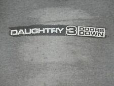 DAUGHTRY - 3 DOORS DOWN - MEDIUM - GRAY T-SHIRT- C551