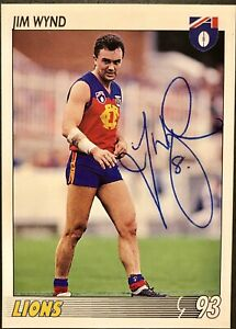 1993 SELECT AFL CARD PERSONALLY SIGNED BY JIM WYND FITZROY.