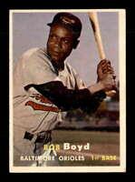 1957 Topps #26 Bob Boyd  EX/EX+ X1660612