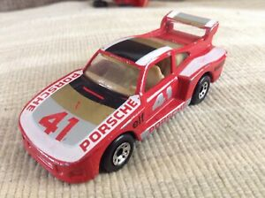 1/57 matchbox 1985 Porsche 935 racing car