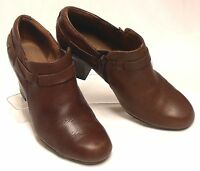 CLARKS Bendables Size 8 M Brown Leather High-Heel Side-Zip Belted Dress Booties