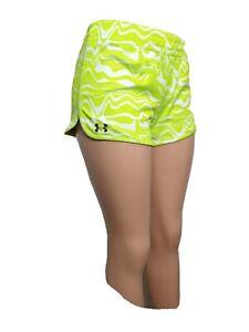 "under armour Women SMALL Athletic Shorts elastic waist Inseam 3"" Elastic wais(m7"