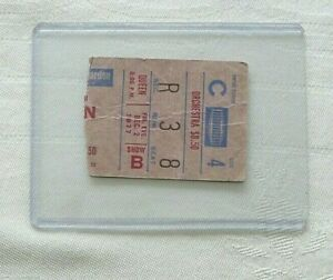 QUEEN DEC 7 1977 NEWS OF THE WORLD SHOW  TICKET STUB WITH BONUS GIFT