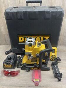 Dewalt DW073 9.6 18volt Cordless Rotary Laser Level w/Case and Accessories