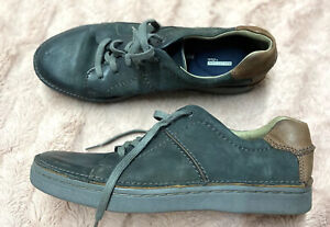CLARKS Collection Moccasin Shoes Sz 8 Gray  Soft Cushion Leather Suede Lace Up