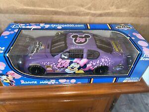 NEW Disney Daytona 500 Minnie Mouse Car Team Caliber Diecast 1:24 Chevy NASCAR