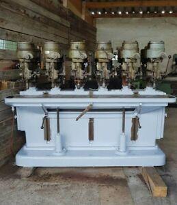 Bohrwerk,6 köpfige Säulenbohrmaschine Röhling,Standbohrmaschine,Bohrmaschine.