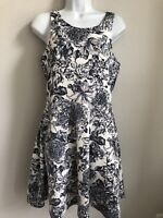 H&M black and white Floral A-Line Polyester Sleeveless Dress Size M