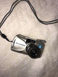 Olympus Infinity Stylus Epic Zoom 80 35mm Film Point & Shoot Camera