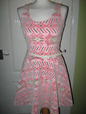 LADIES SIZE 10 BOOHOO PRETTY PINK SKATER SUMMER DRESS WITH BELT