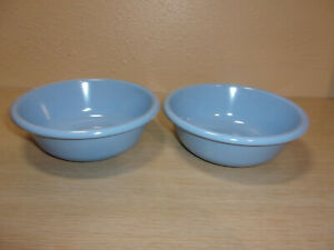 VINTAGE RUBBERMAID DISHES