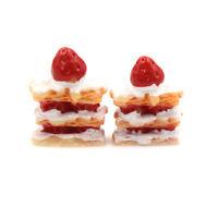 2pcs Miniature Artificial Strawberry Resin Cake Dolls House Miniature Food PA